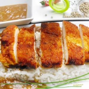 Пилешко во кари сос