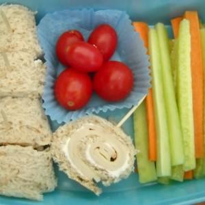 Роловани сендвичиња