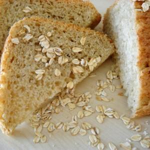 Леб со овесни снегулки (рецепт за пекач)