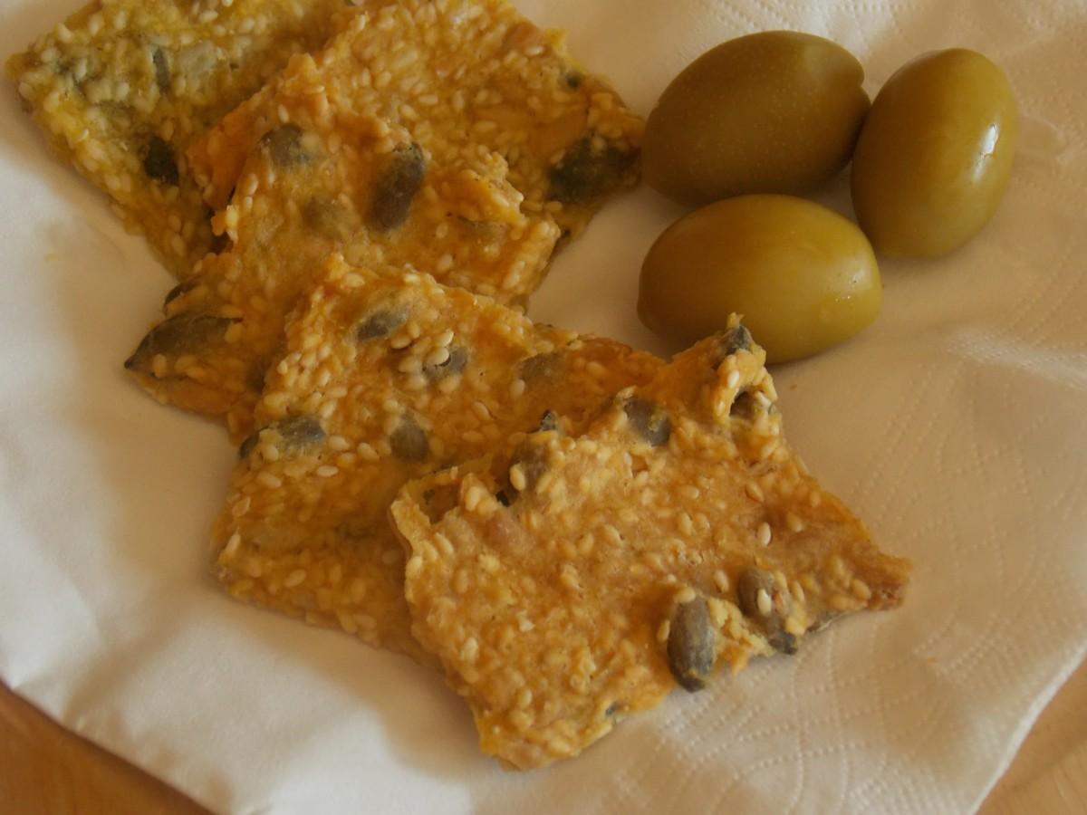 Безглутенски крекери со семиња