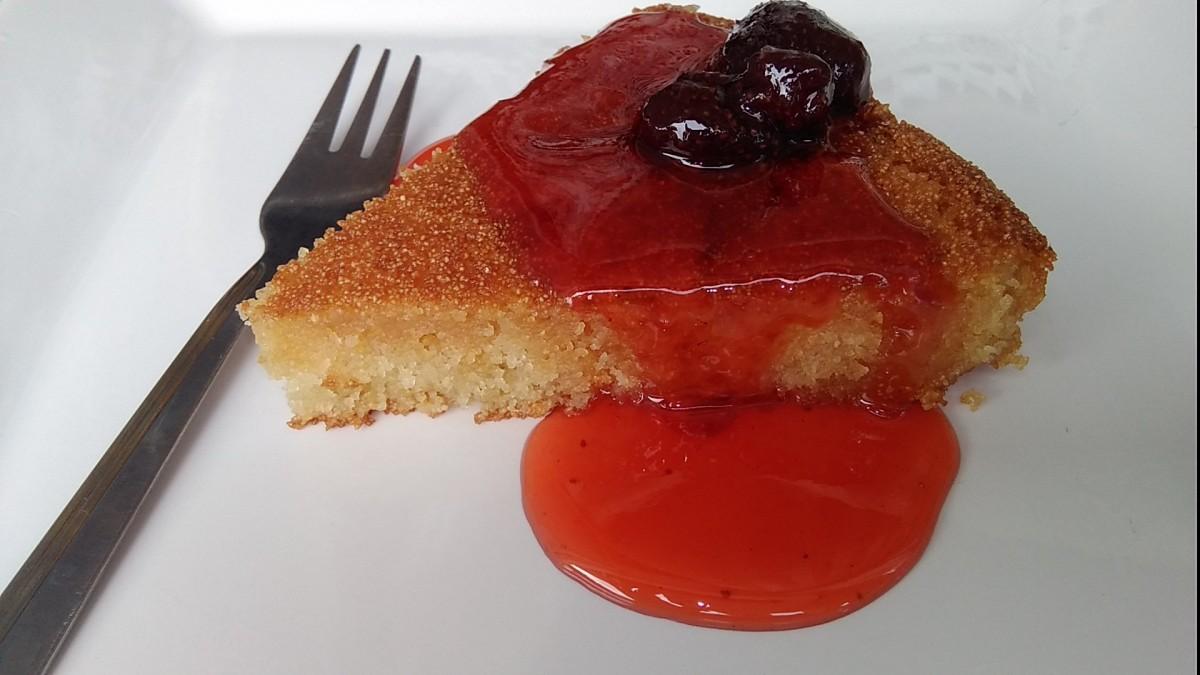 Сочна гриз торта