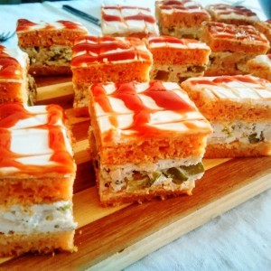 Канапеи - солена торта со француска салата (кетеринг)