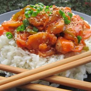 Пиле во слатко кисел сос (Азиска кујна)
