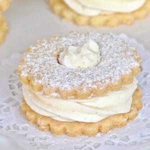 Путер колачи со бадеми