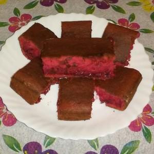 Брз колач со јагоди