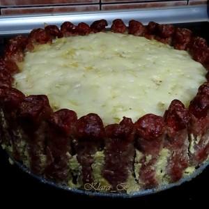 Торта со ќебапи