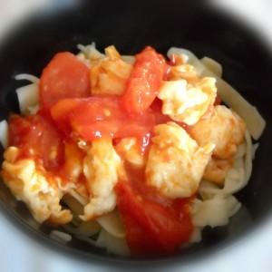 Кајгана во доматен сос