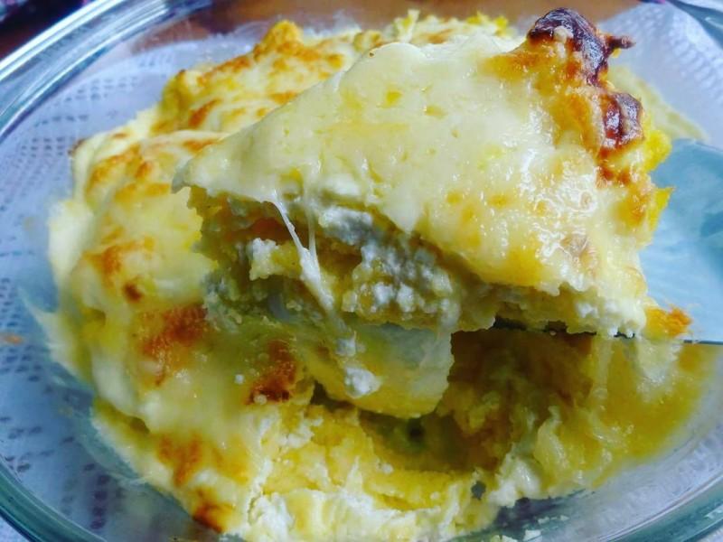 Запечена палента со сирење и моцарела