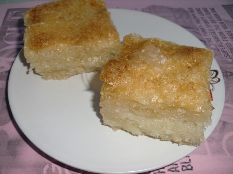 Баклава со кокос и сусам (посно)