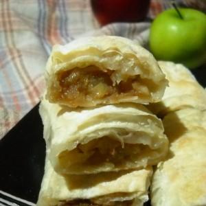 Штрудла со јаболка