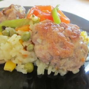 Ориз со ќофтиња и зеленчуци
