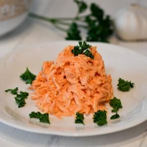 Салата од моркови (Руска кујна)