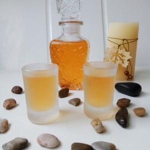 Ликер од дуњи со мед