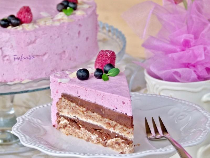 Делициа торта со малини