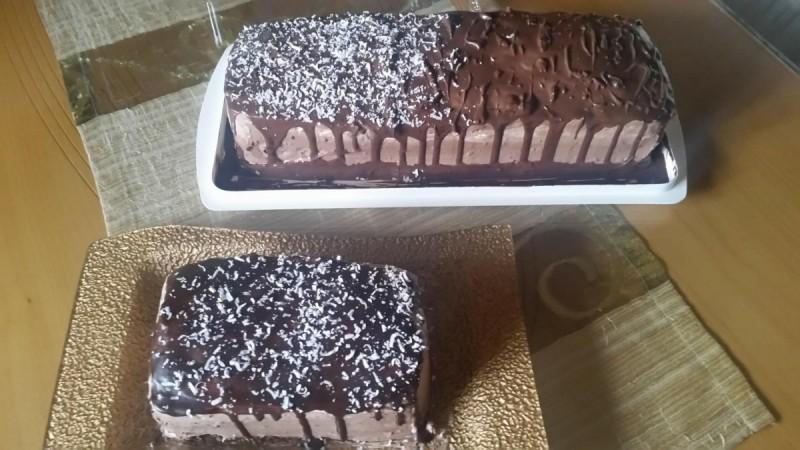 Роденденска двобојна чоколадна торта
