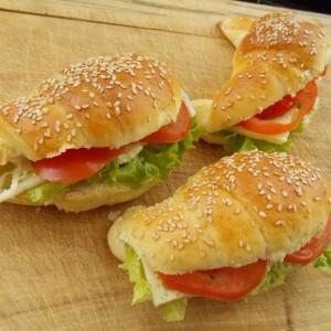 Сендвич кроасани