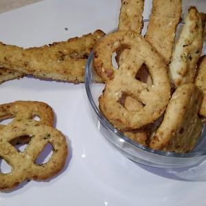 Грицки со кикирики, сусам и семки од тиква