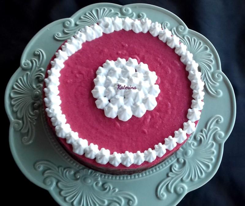 Торта со малини и чоколадо