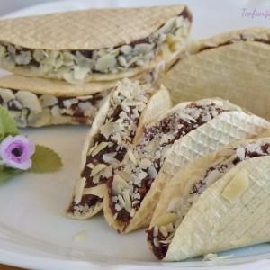 Чоколадни такоси со кикирики (посно, без печење)