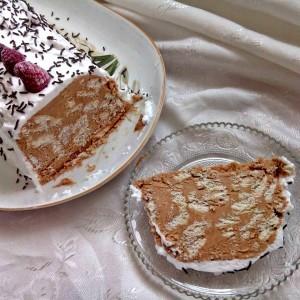 Карамел-кикирики торта (без печење)