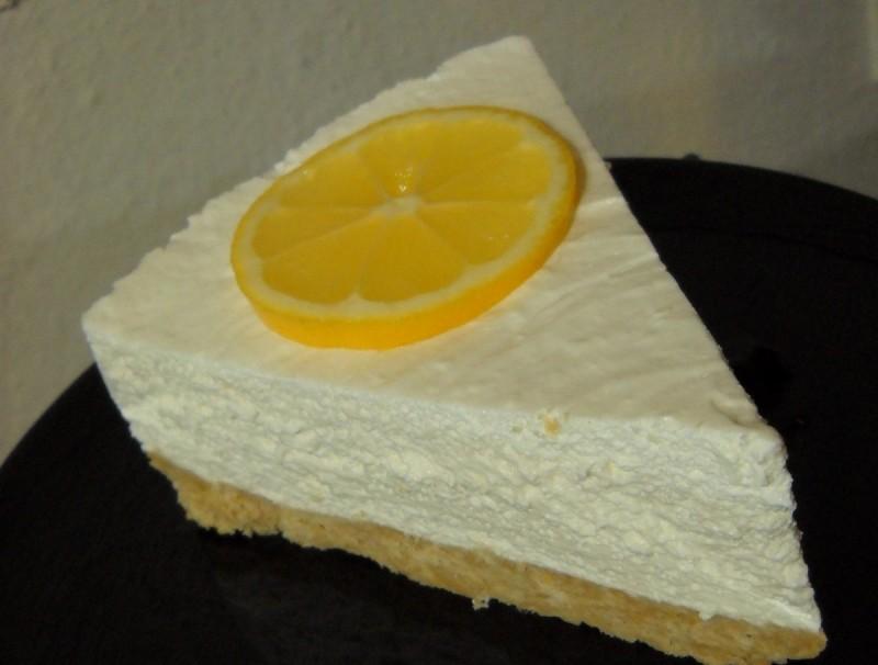 Лимон чизкејк (без печење)