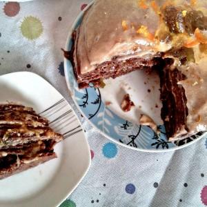 Какао торта од палачинки со банани и џем (посно)