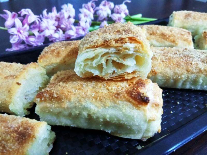 Пченкарна пита со сирење
