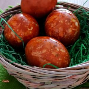 Начин за фарбање на Велигденски  јајца