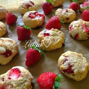 Италијански бишкоти со свежи јагоди