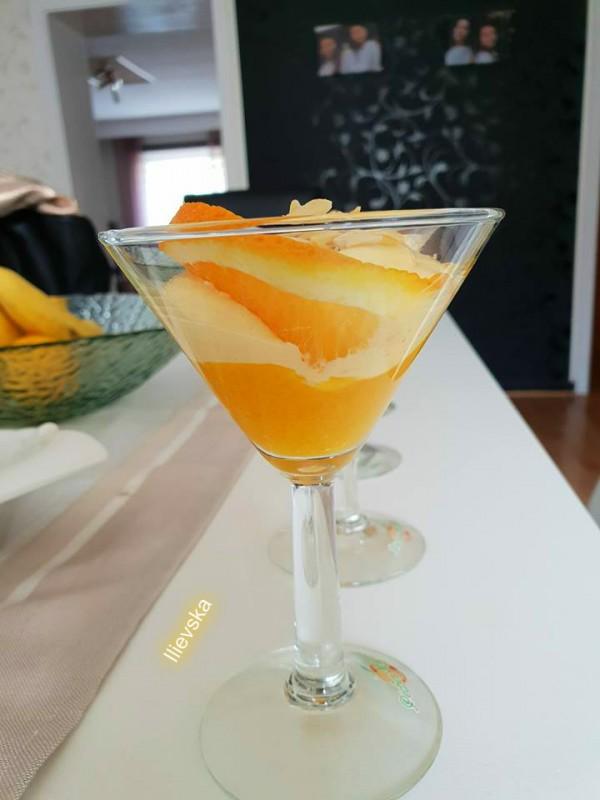 Манго десерт со портокал