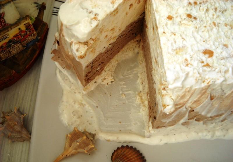 Тробојна сладолед торта