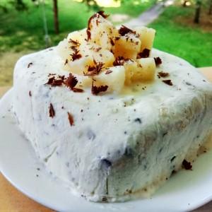 Пина колада ледена торта