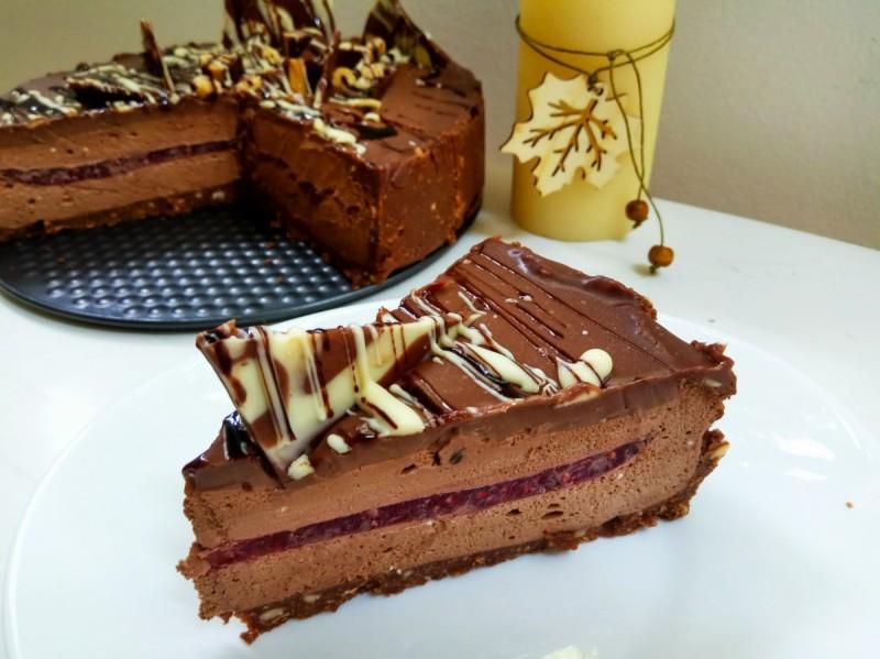 Малина чоко мус торта- Роденденска јубилејна