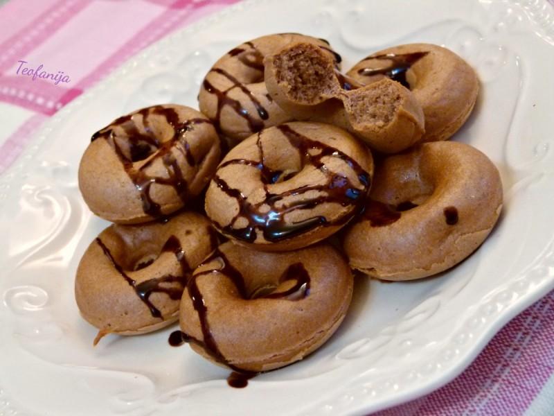 Посни крофнички со какао и џем (апарат за крофни)