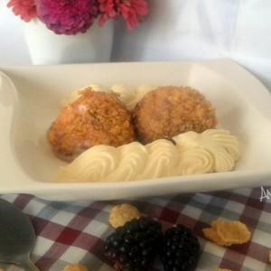 Пржен сладолед со кокос и овесни снегулки