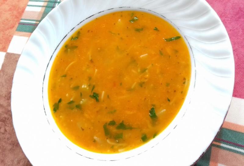 Чорба со домати и компир