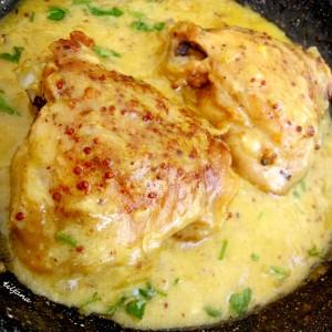 Пилешко во сос
