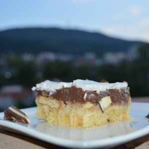 Вафла торта со пудинг и колачи