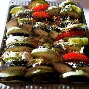 Печен зеленчук со просо (посно)