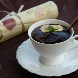 Чоколадно фрапе со спанаќ и целер