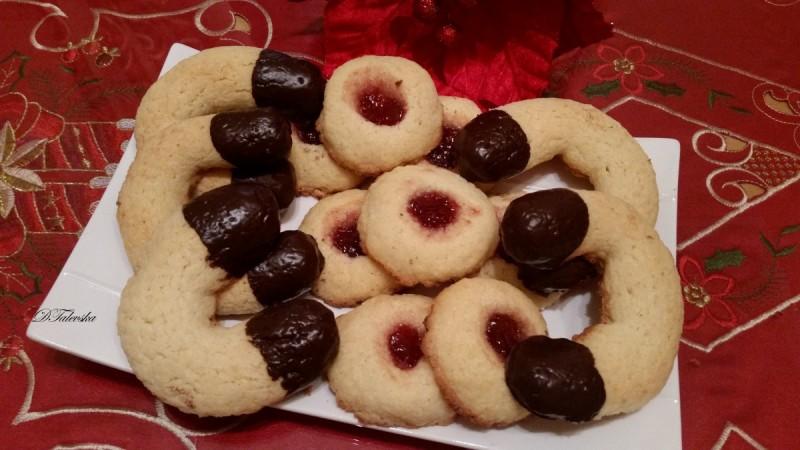 Суви колачиња со кокос