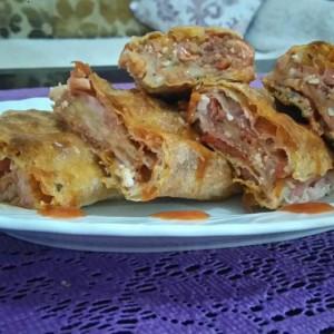Ролат пица баница