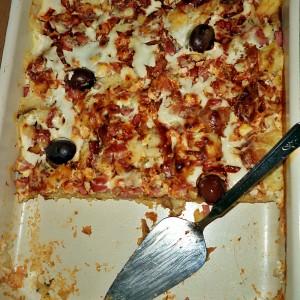 Пица од стар леб