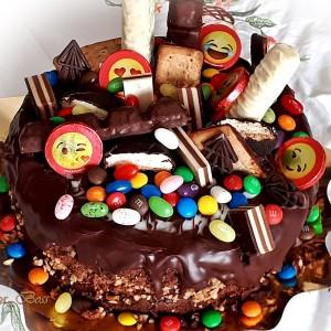 Сочна фереро торта од тенџере (јубилеен 900ти рецепт)