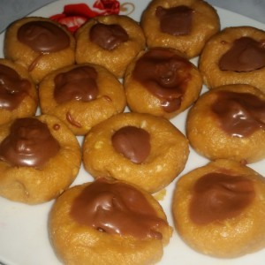 Лажни тофифи колачиња (без печење)