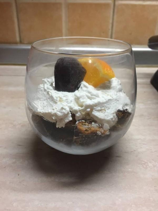 Брз десерт од медени срца