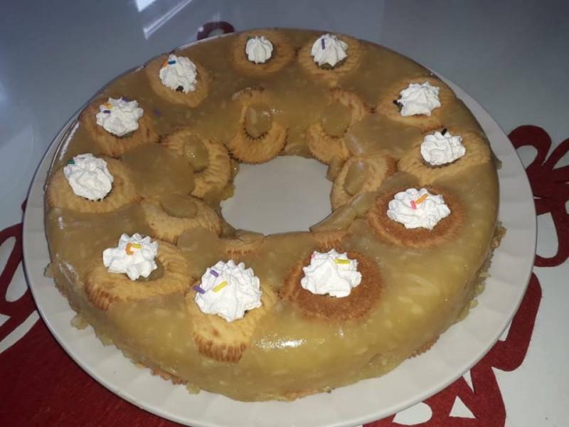 Брз колач со јаболко (без печење)