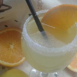Сок од портокал и лимон