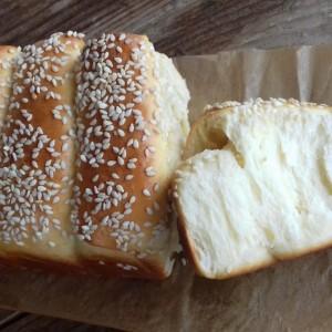 Млечен леб (со млеко во прав)