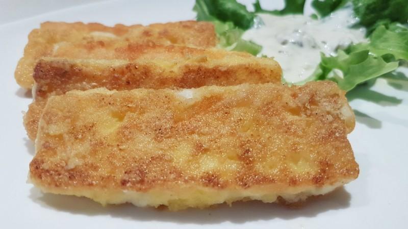 Пржено биено сирење со тартар сос